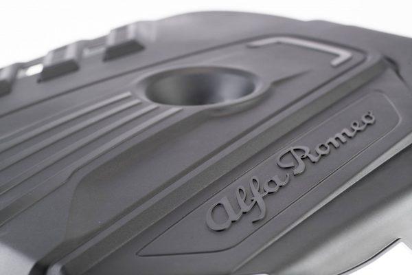 Un pezzo di plastica No un pezzo di futuro - SAPA Superior Automotive Parts and Application