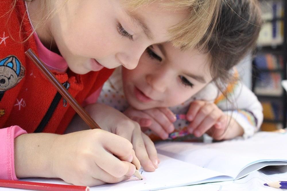 Lavoro e istruzione, perché accompagniamo per mano i figli dei dipendenti SAPA - Superior Automotive Parts and Application