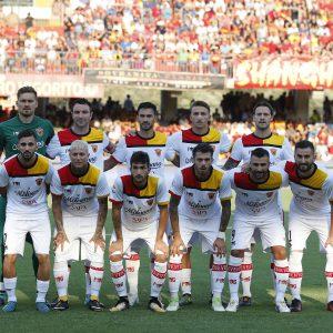 Abbiamo il calcio nel sangue: qui la squadra del Benevento in serie A, sponsorizzata da SAPA
